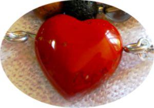 Roter Jaspis als Herz-Meru