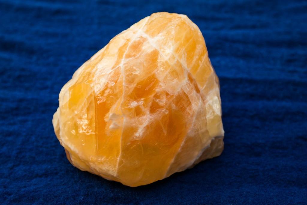 Heilstein Orangencalzit